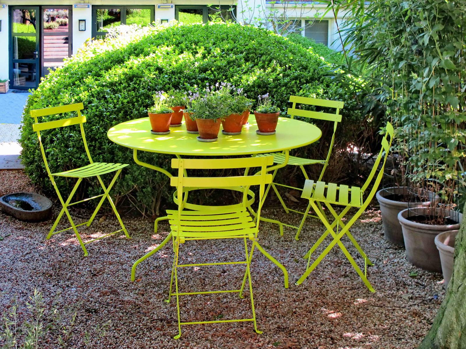 Grønne havemøbler