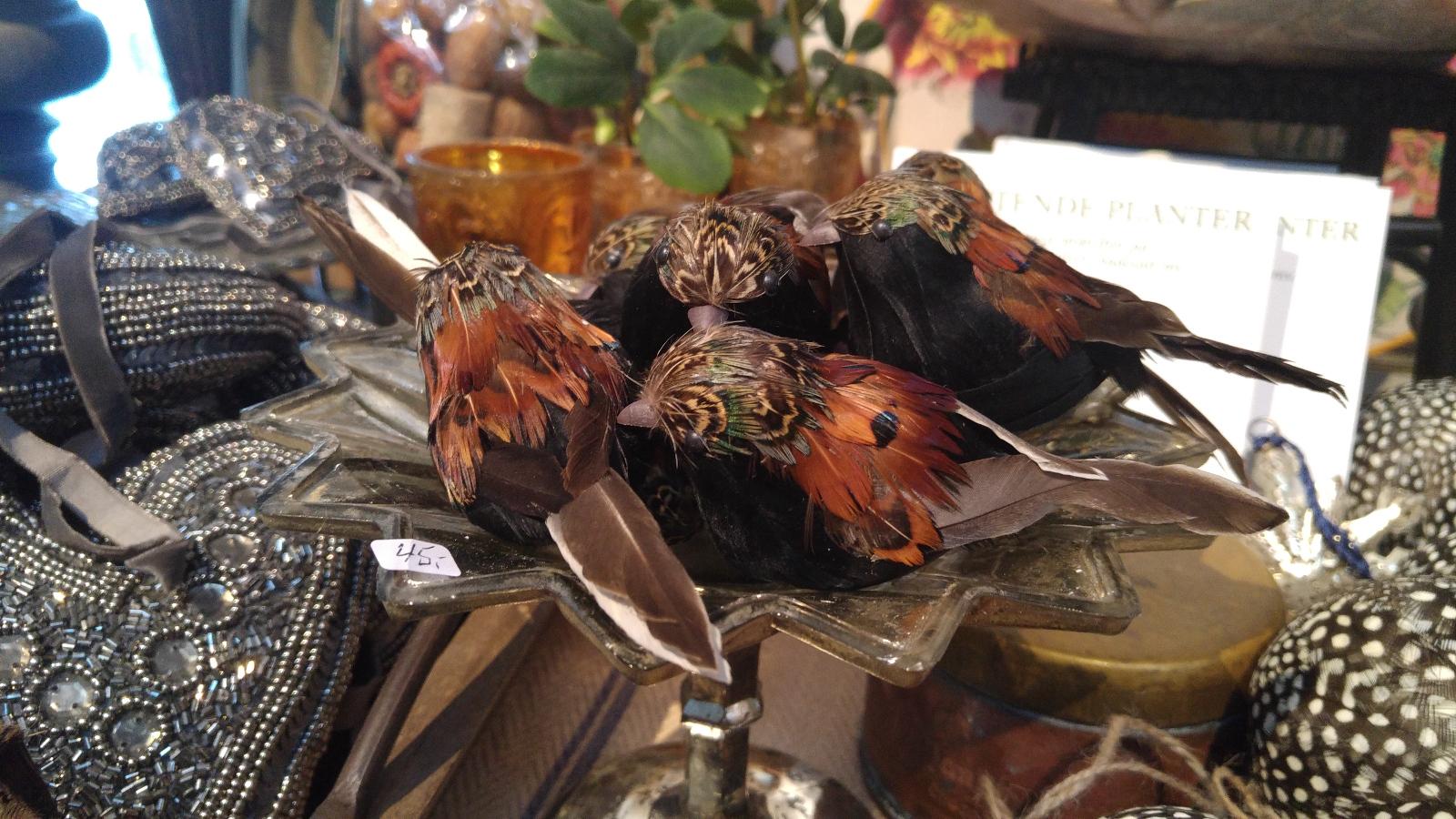Paradehuset kunstige fugle